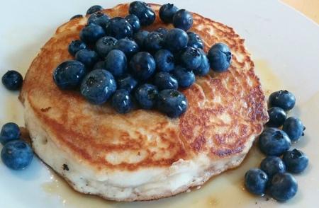 rose madeleine pancake